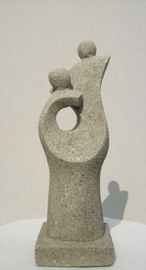 stein skulpturen abstrakte kunst 100cm figur gartenfig. Black Bedroom Furniture Sets. Home Design Ideas