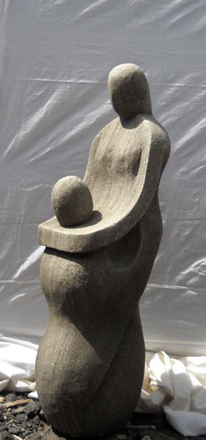 Moderne Statue neu